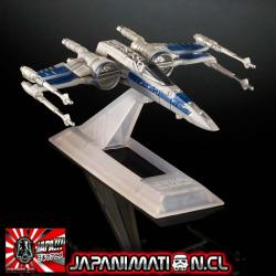 X-wing Star Fighter The Force Awakens Die-cast Star Wars Titanium Original Hasbro Takara